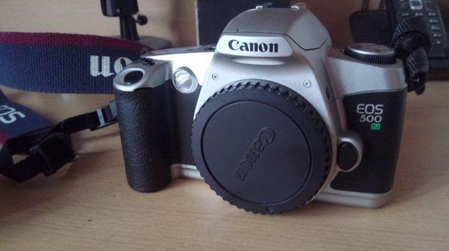 Aparat Canon EOS500N Torba Soligor Zestaw