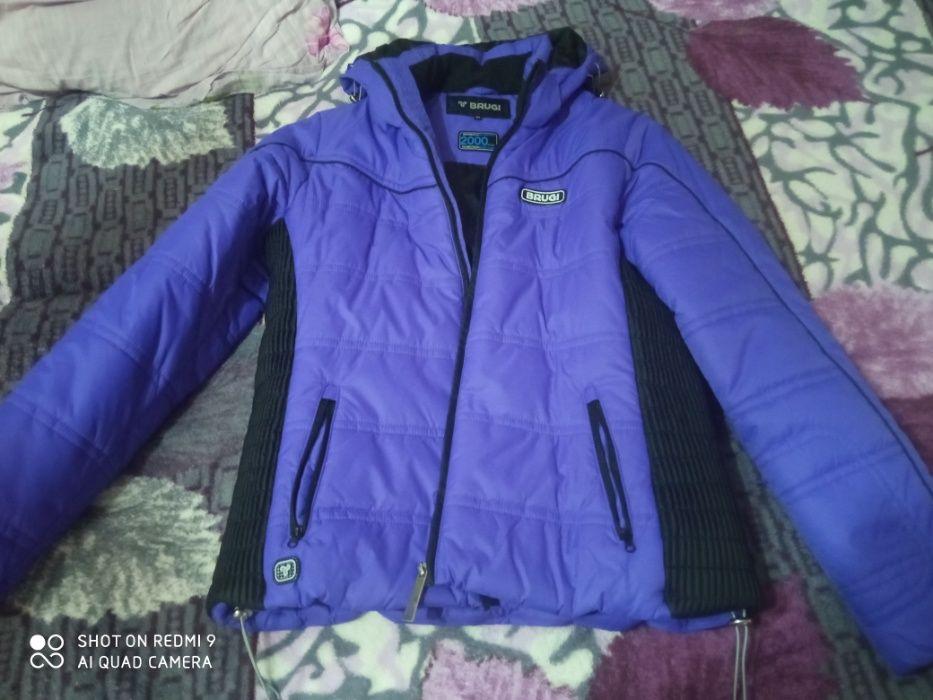 зимняя женская курточка Чугуев - изображение 1