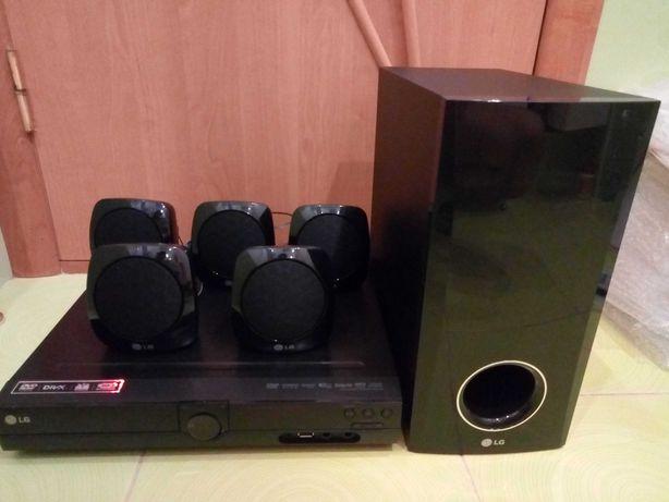 Караоке LG (USB / DVD / ЮСБ / MPEG4 / AUX/ МР3) Домашний кинотеатр