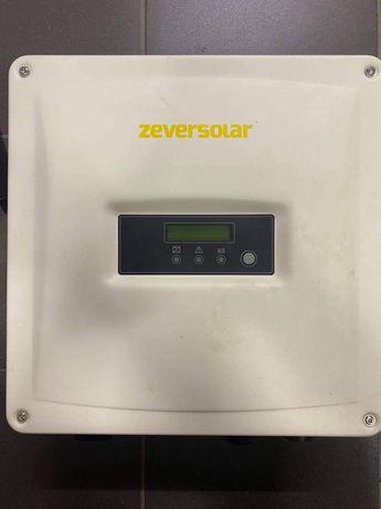 Inwerter, Falownik solarny