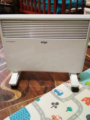 Обогреватель электрический (конвектор электрический) ERGO HC-1715