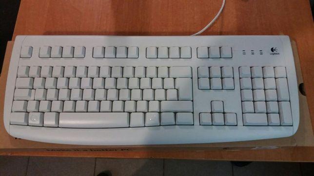 Продам инженерный образец клавиатуры Logitech Deluxe 250 White PS/2