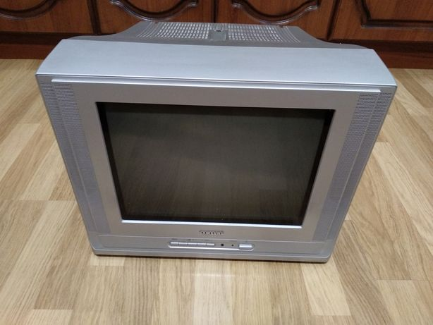 Телевизор Samsung Самсунг диагональ 37 см.