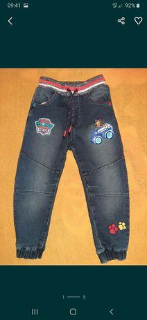 Grubsze spodnie George Psi Patrol r. 98/104