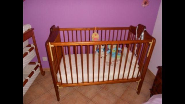 Cama de Bebé em Madeira - Ursinho