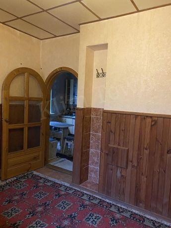 Продається будинок у мкр-ні Підварки (поблизу 4 школи)