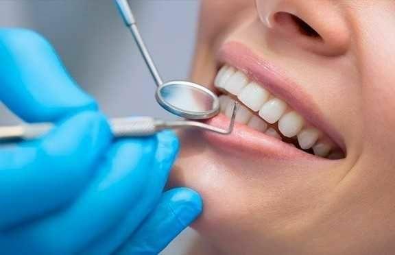 Доктор-стоматолог. Всі види стоматологічних послуг