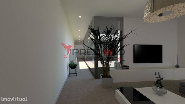 Terreno com arquitectura aprovada para Prédio com 3 apartamentos T3