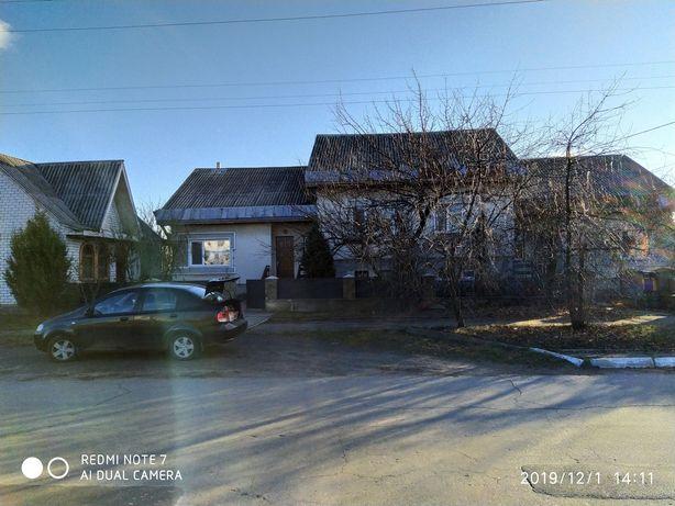 Продам дом с несколькими строениями
