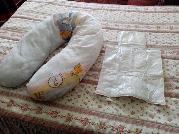 Almofada amamentação e muda fraldas