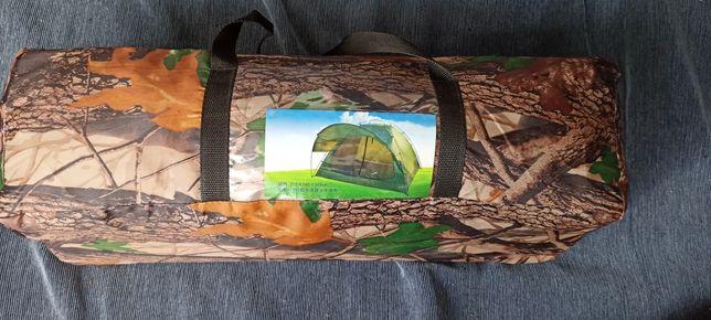 Продам велику палатку 210:240:150