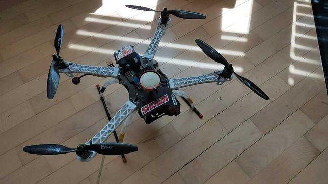Квадрокоптер для съемок . Возможна продажа по частям!