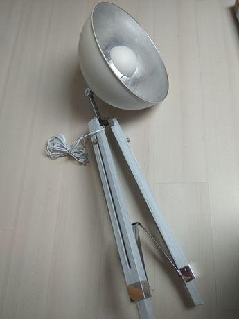 Lampa fotograficzna profesjonalna