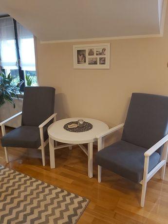 Fotele PRL  ze stolikiem