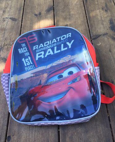 Vendo mochila escolar-lúdica da Disney Pixar Cars