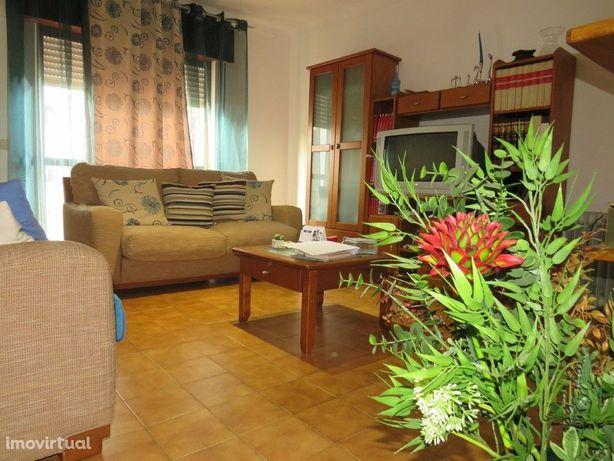 Apartamento T2 em Aljustrel bem localizado junto a escolas