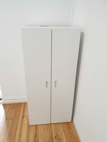 Biała szafa 129x60x51