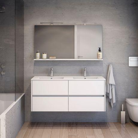 Móvel de casa de banho com lavatório duplo