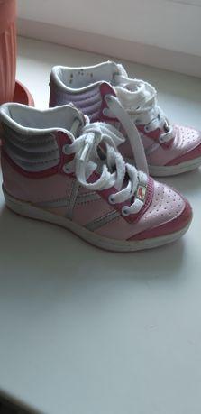 Ботиночки 25 размера,  (16,5 см)