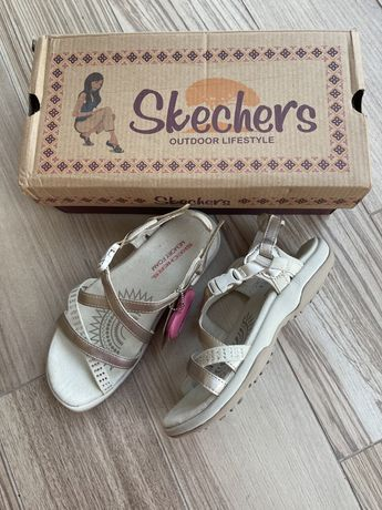 Босоножки Skechers, размер 35; цена 680 грн