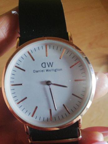 Zegarek damski DW