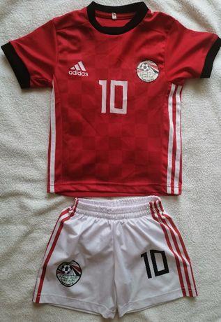 Футбольная спортивная форма костюм шорты и футболка