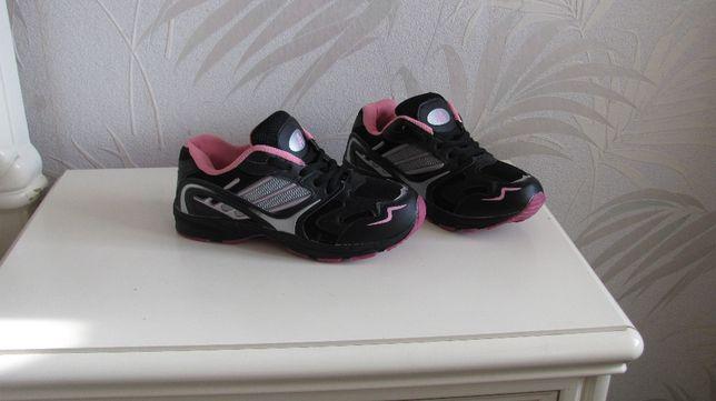 Новые женские кроссовки AvanG (Netherlands) - р. 36