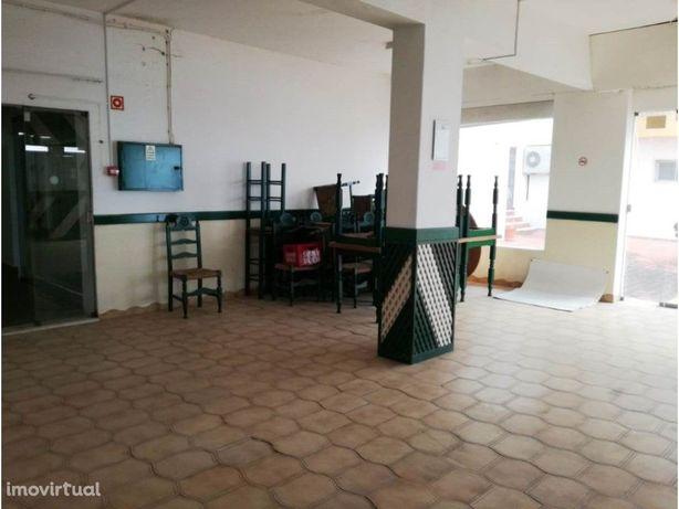 Loja para Restauração em Almancil
