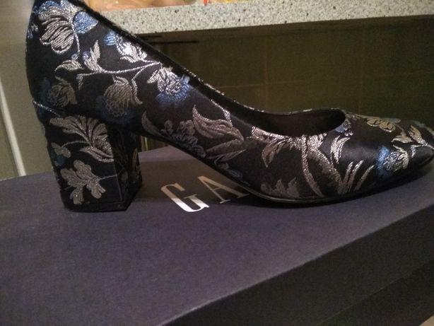 Женские туфли Gap размер 42