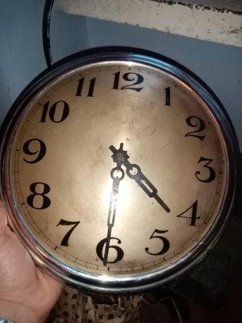 Zegar w stylu Art Deco elektryk.