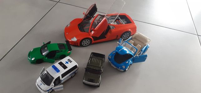 Metalowe auta miniaturowe