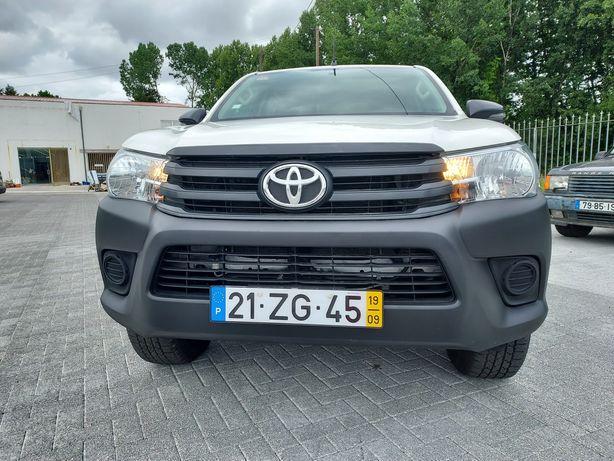 Toyota hilux 2.4 D4d 4x4 150cv 5 lugares 2019