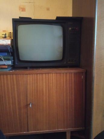 Starocie PRL, telewizor Neptun 471A, zabytek, retro