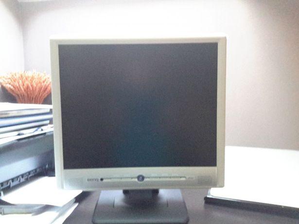 Monitor BENQ FP767 17'