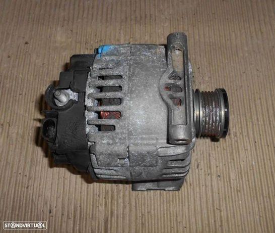 Alternador para Mercedes A 180 cdi w169 (2006) A6401540502  TG15C121