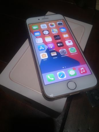 iPhone 8 64 GB Gold zestaw+etui