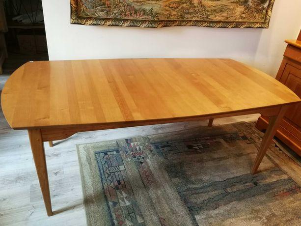 WYPRZEDAŻ - Duży stół z litego drewna