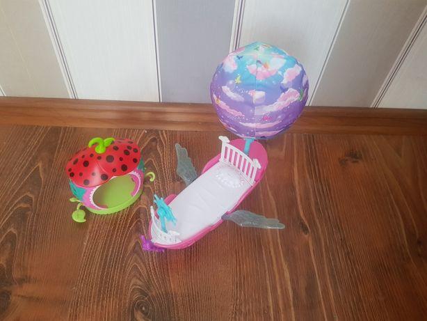 Zestaw  firmowych zabawek