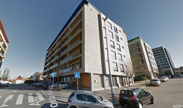 Apartamento T1 Luxo mobilado junto ao Hotel Axis e Hospital São João