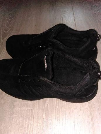 Кроссовки.41 размер