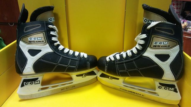 Коньки хоккейные CCM 95Gold p.41