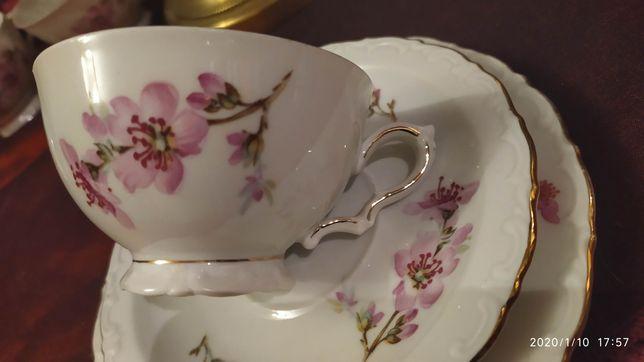 Stary zestaw śniadaniowy filiżanka porcelana Kahla Niemcy kwiaty
