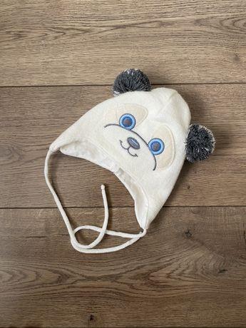 Универсальная шапочка для малыша