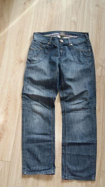 spodnie jeansowe Diesel typu boyfriend fit rozm M