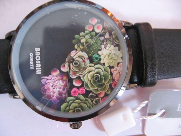 наручные женские часы привезла из США
