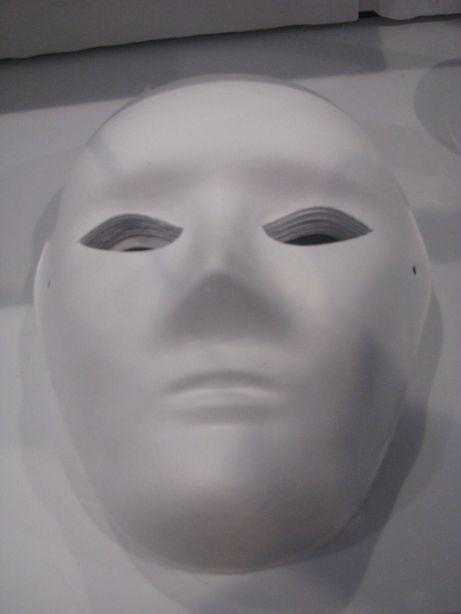 Nowa maska do samodzielnego pomalowania