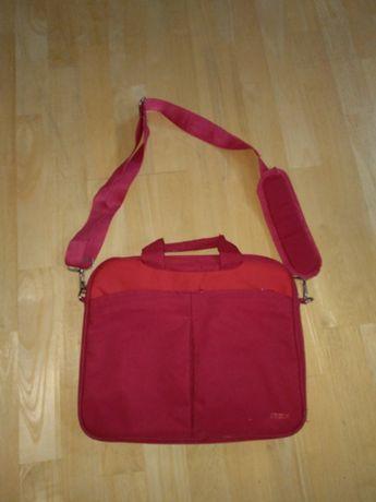 Sprzedam torbę na małego laptopa