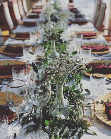 Bukiety ślubne, dekoracje restauracji, sal weselnych