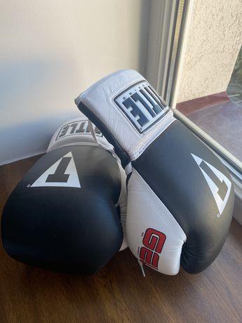 Боксерські перчатки TITLE GEL World Lace Training Gloves