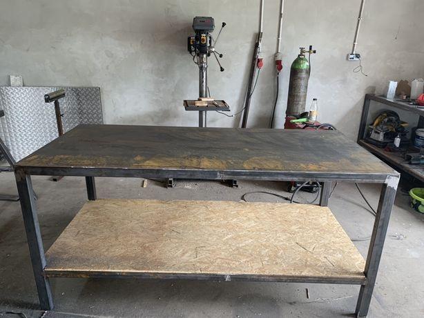 Stół warsztatowy, falbanek